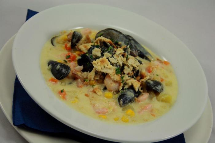 Creamy Mussel, Prawn and Smoked Fish Chowder