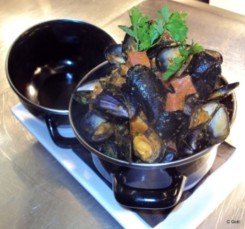 Mussels with Beer and Chorizo