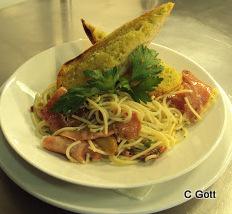 Spaghetti with Parma Ham.JPG